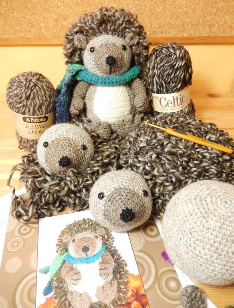 Hedley Hedgehog....Awesome site for crafts! | knitting | Pinterest ...