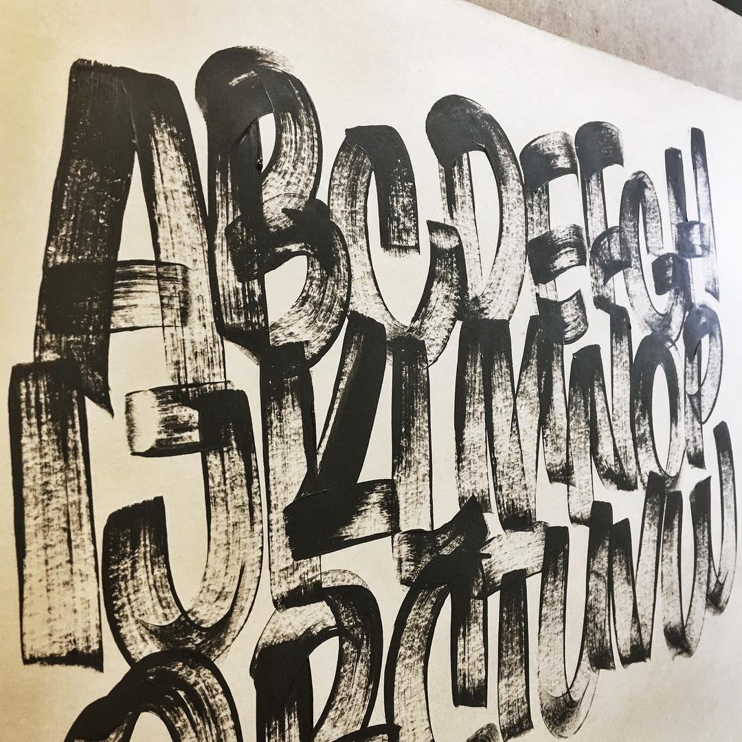Dry brush uprights  #AlwaysHandpaint #SignsOfEveryDescription #CasualScript #CopenhagenSigns #BrushScript #BrushLettering #Signpainter #Signwriting #Signwriter #Signpainting