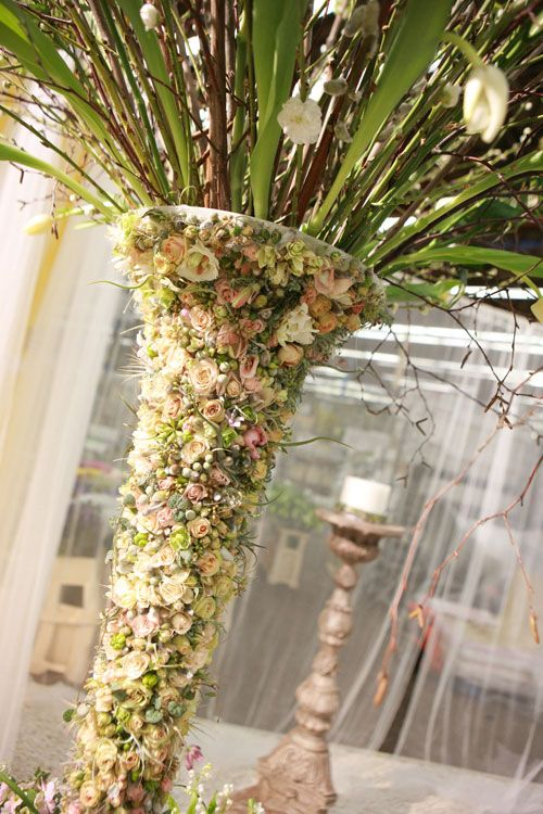 Zita Elze this is like an inside out floral arrangement