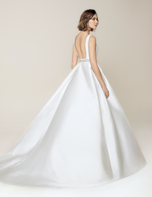 Jesus Peiro 913 Wedding Dress Miss Bush Conservative Wedding Dress Wedding Dresses Modern Wedding Dress