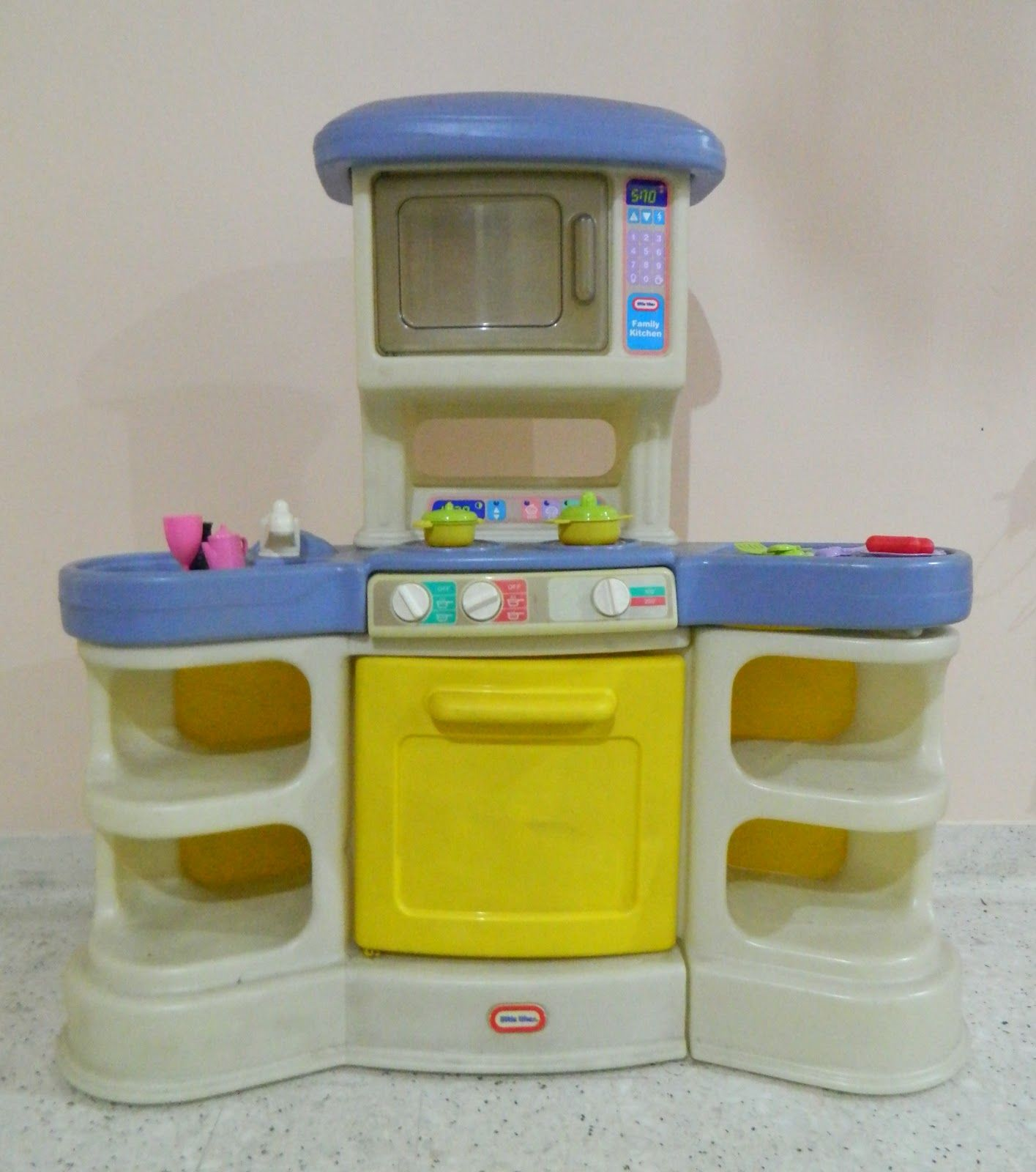 Little Tikes Play Kitchen I Had This One Too