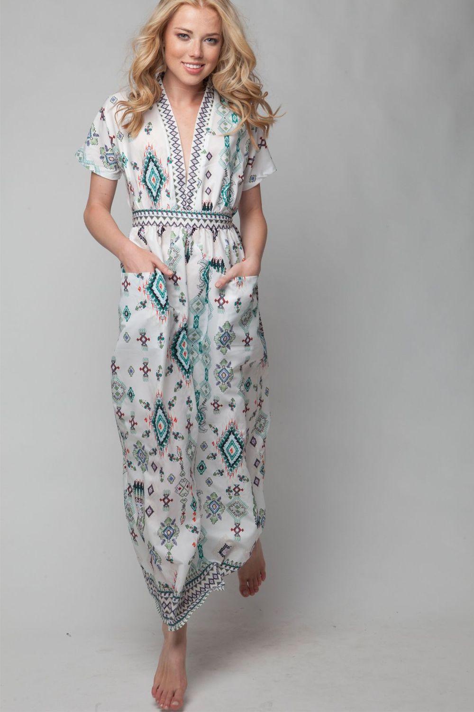 3639f800f984 μακρυ φορεμα με ανοιγμα στο στηθος και τσεπες   ss2018   Dresses ...