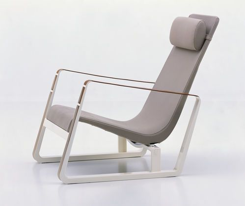 Cite by jean pouvre 1930 produced by vitra lounge chair for Design sessel nachbau