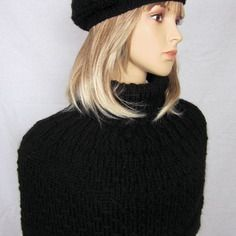 8353beeb2209 Night - chauffe-épaules et béret en 75% laine 25% suri alpaga - tricot main