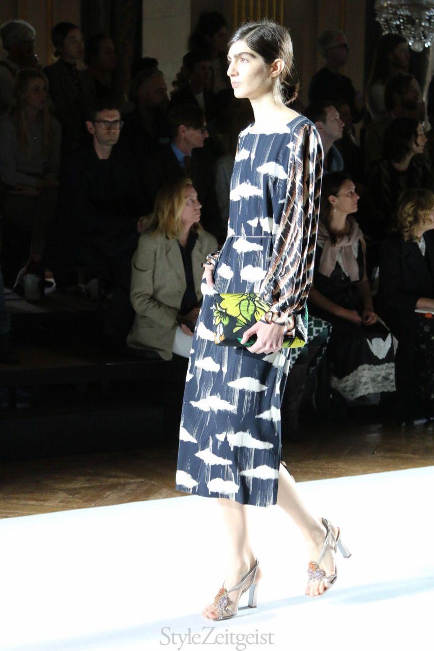 0ff675663a Dries Van Noten S S18 Women s – Paris - fashion - Womenswear Women s Fashion  StyleZeitgeist SS18 Spring Summer PFW Paris Fashion dries van noten 2017