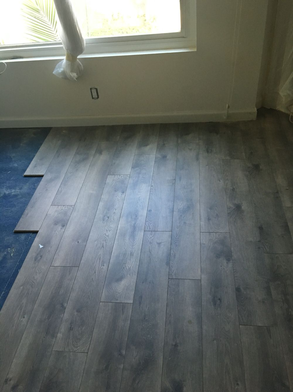 Pergo XP Southern Grey Oak Laminate flooring Home Depot
