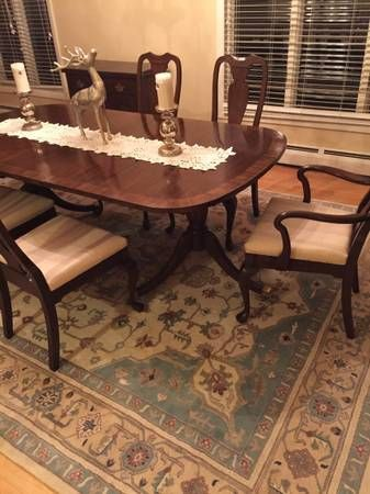 Harden Chippendale Dining Room Table, 6 chairs, extra leaf