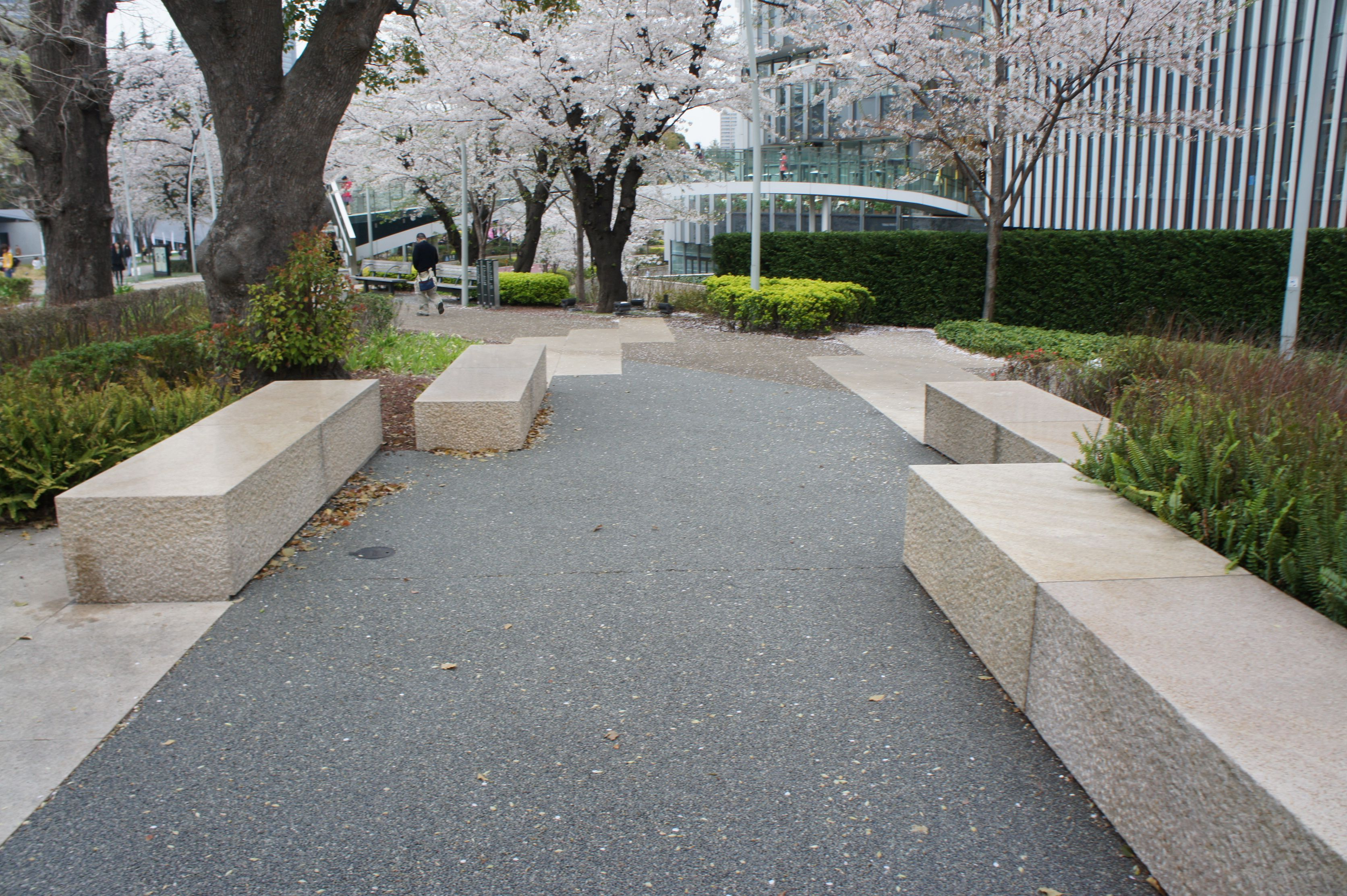 Pin By Slow Geng On Landscape L Street Furniture Landscape Architecture Wall Seating Street Furniture