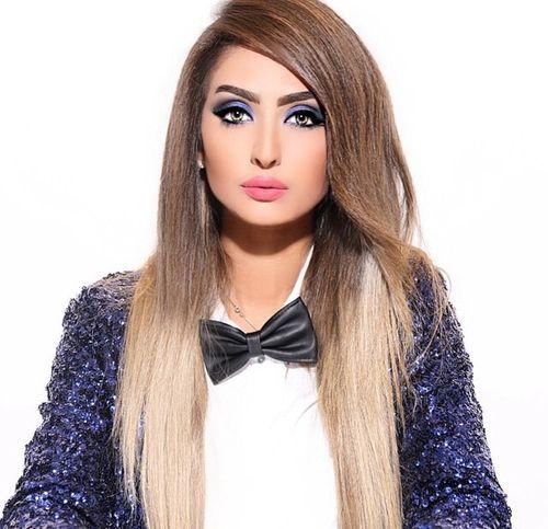 نور الغندور نور And خقه Image In 2020 Photography Poses Women Beauty Long Hair Styles