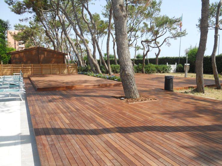 Risultati immagini per pavimenti in legno per esterni for Disegni ponte veranda