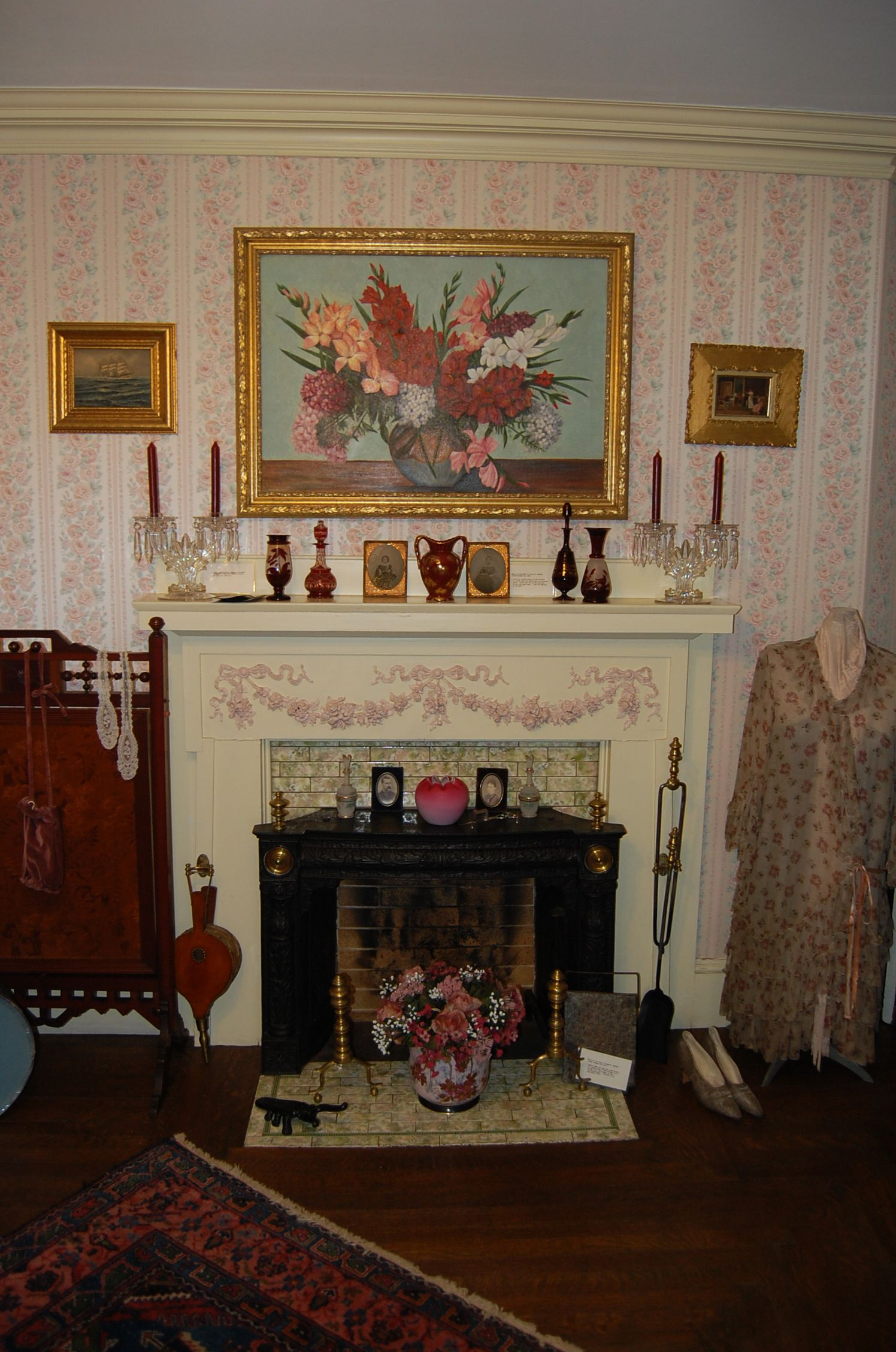 Fireplace In Alice S Room Home Decor Decor Fireplace