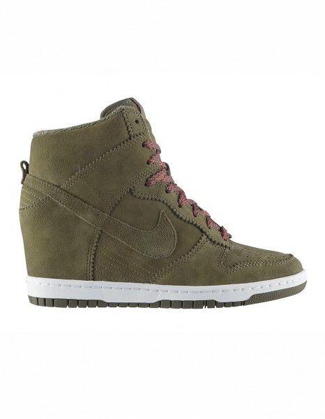 info for 22aa6 39e8c Baskets montantes daim kaki Nike wedges , need them !