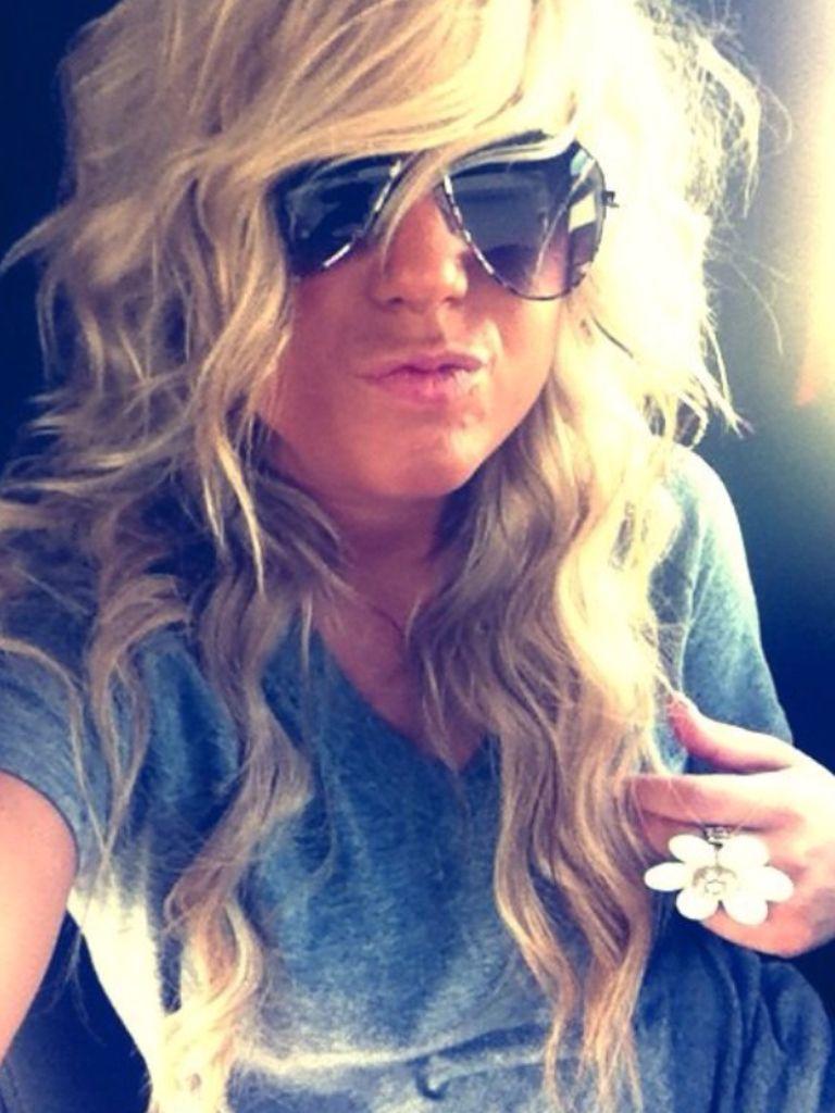 Love her waves   Chelsea houska hair, Hair beauty, Hair