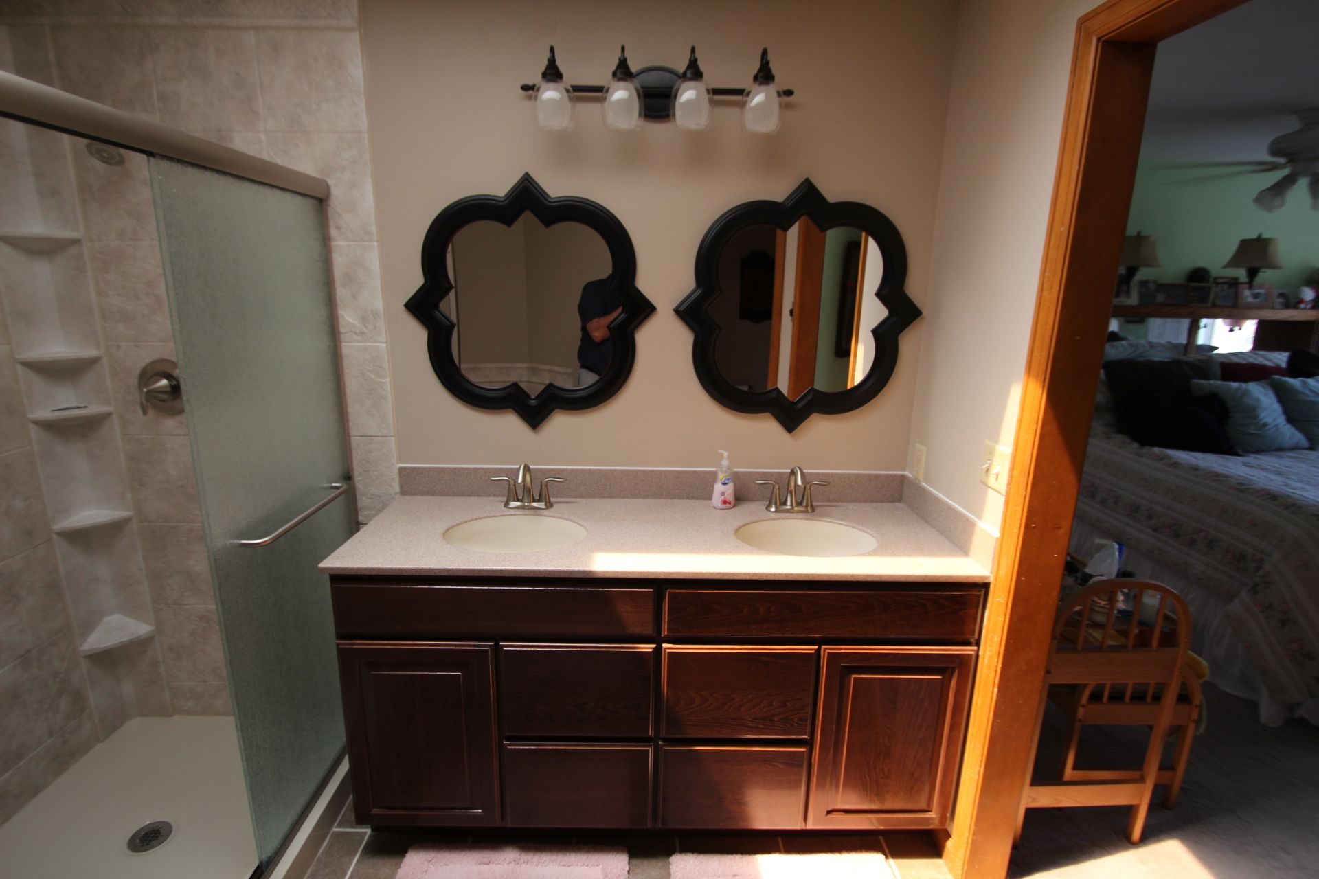 Installing Unique Looking Mirrors Can Add A Lot Of Character To Your Bathroom Bathroom Helpful Hints Lighting