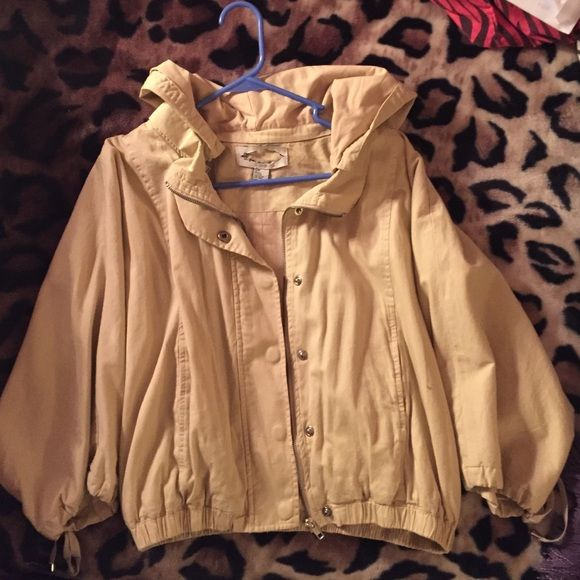Tan JACKET small 3/4 sleeve. Size small. Hooded. Zip up and buttons. Tan and light weight jacket. Elastic waist band. Cute for fall winter and spring! Great with some jeans. Open to offers!  Forever 21 Jackets & Coats