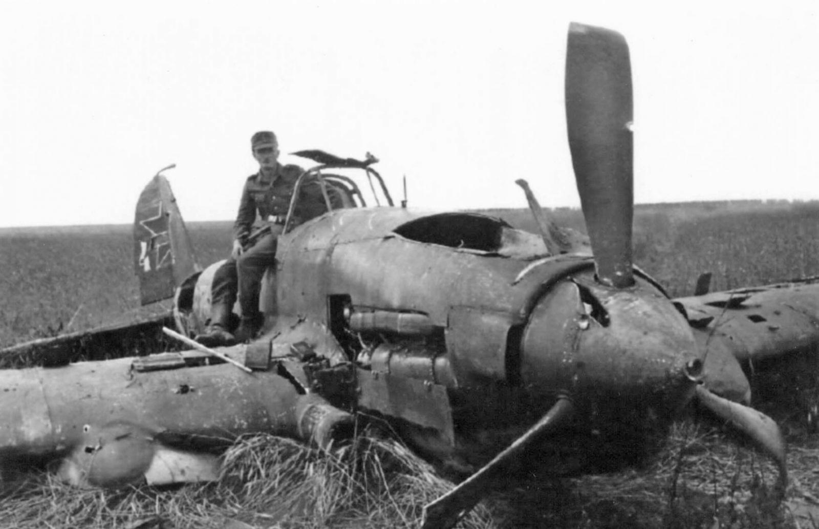категории радиоуправляемые фото разбитых самолетов вов самые