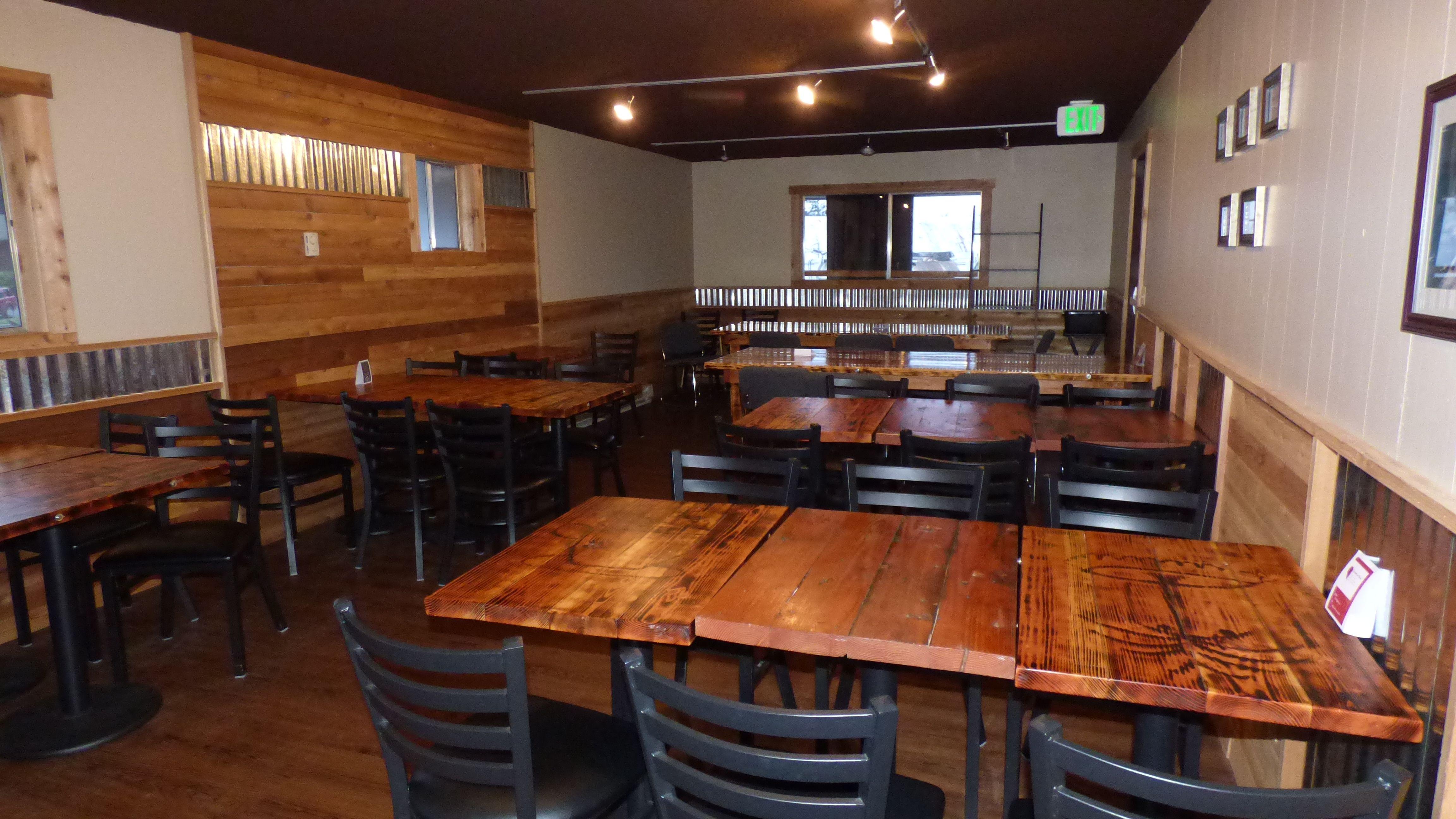 The Coffee Oasis Poulsbo Tables Kitsap Charity Kitsapcares Bremerton Poulsbo Port Orchard Photo Ken Rury Sponsore Coffee Shop Business Poulsbo Bremerton