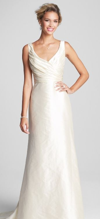 Old Hollywood glam inspired gown | Gorgeous Wedding Dresses ...