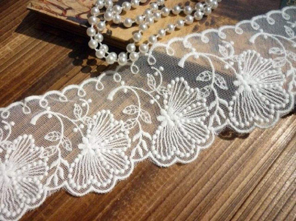 IVORY LACE TRiM 4 in WiDE 10 YDS ~ Gorgeous Wedding Lace Crafts Sewing