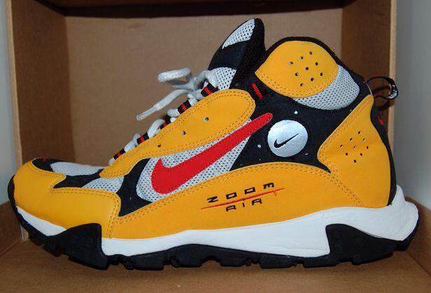 newest e7f24 8f507 ... Max Terra Sertig  Nike Air Zoom Terra Sertig 2005, Yellow, Chili,  White, Black . ...