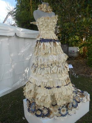 Back to the castle: Researching paper dresses