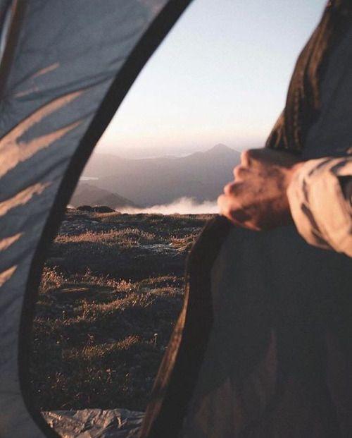Honeymoon Destinations Rocky Mountains: Photo By: @sambarnardvisuals #ourcamplife