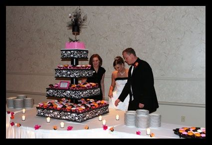 Diy Giant Cupcake Stand Diy Crafts Diy Cupcake Stand Diy