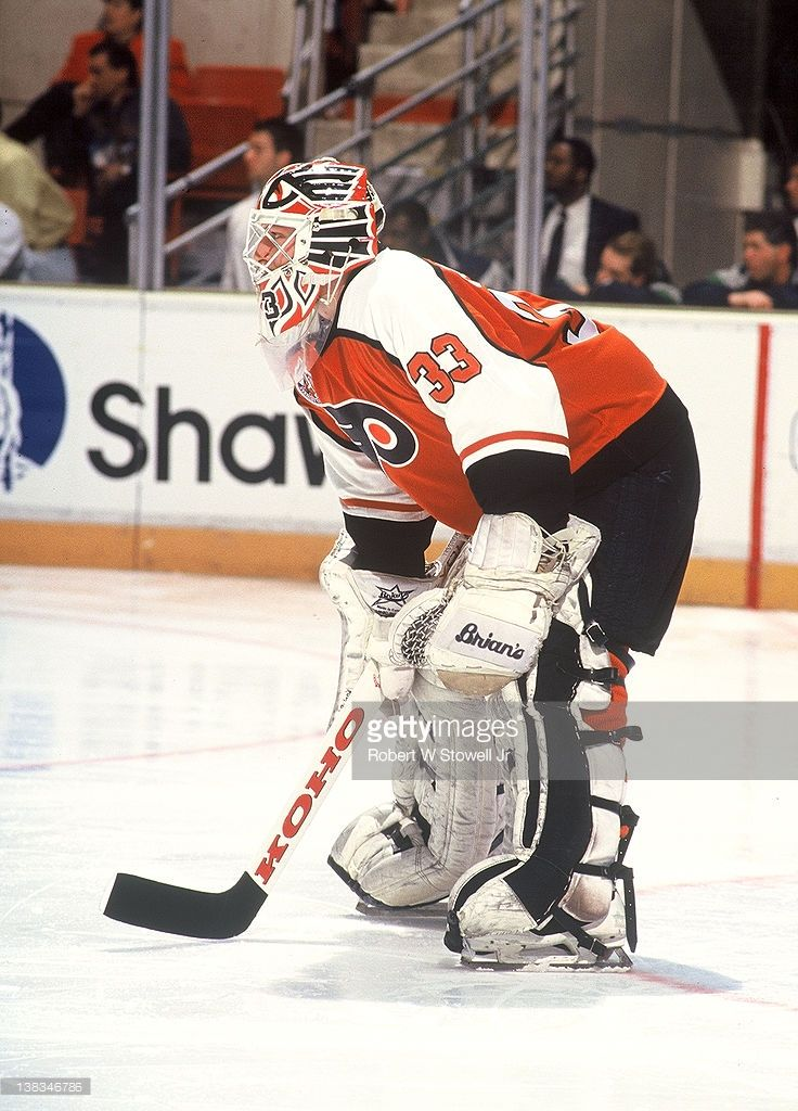 Canadian Ice Hockey Player Pete Peeters Goalkeeper For The Flyers On Picture Id138346786 736 1024 Team Canada Hockey Flyers Hockey Philadelphia Flyers Hockey
