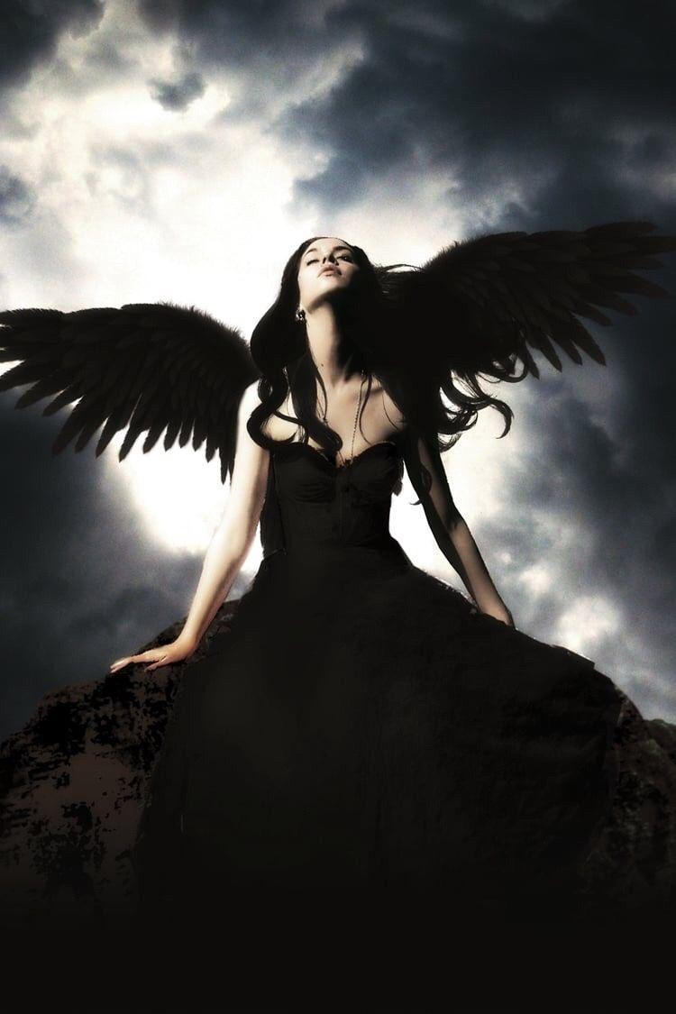 Картинки женщин черных ангелов