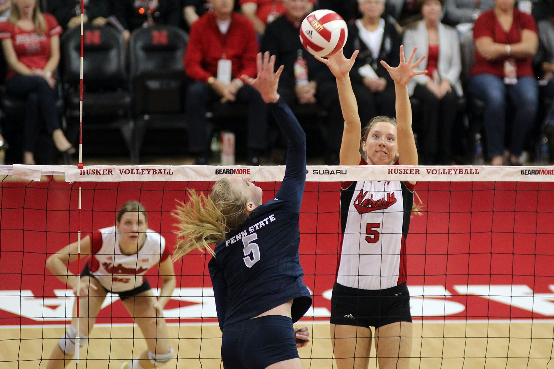Photos Husker Volleyball Rallies To Upset No 3 Penn State 3 1 Volleyball National Champions Volleyball Team