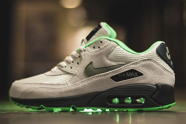 Nike Air Max 90 Green Suede