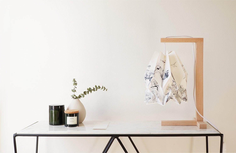 Photo of Origami Lampe | Tischleuchte mit Holzkonstruktion | GEFÄHRDETE Sammlung