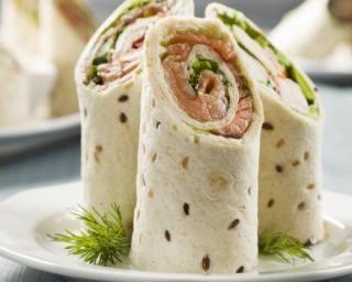 Wraps au saumon et tzatziki minceur