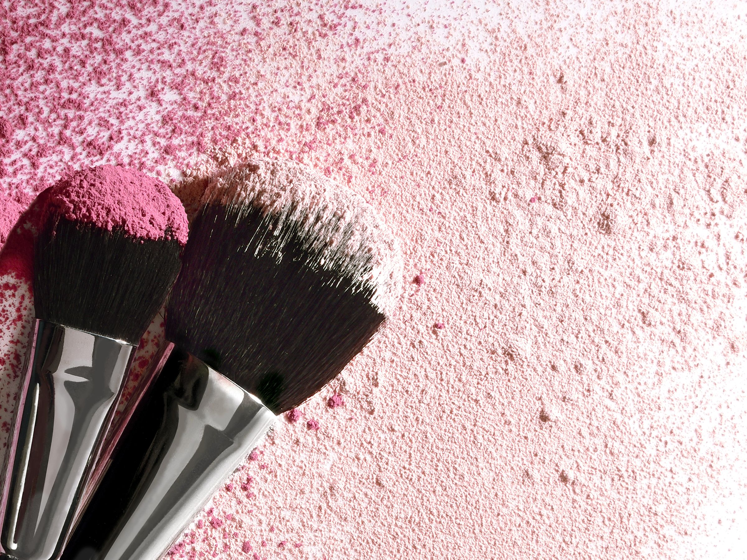 The right tools make all the difference! Our Makeup
