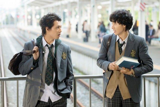 共演者が涙 川口春奈 山崎賢人が仕掛けたサプライズとは シネマトゥデイ 制服 男子 一週間フレンズ フレンズ