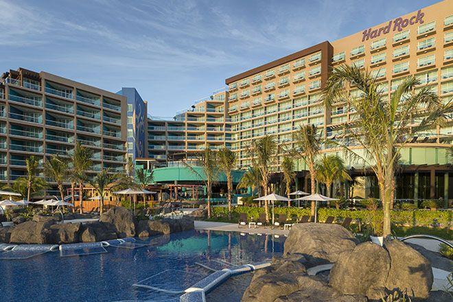 Hard Rock Hotel Cancun Vertical Poolshot Hard Rock Hotel Cancun Hard Rock Cancun Hard Rock Hotel