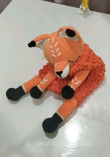 Amigurumi fox pattern, crochet BIG Fox tutorial, Lovey sleepy stuffed Fox for room decor