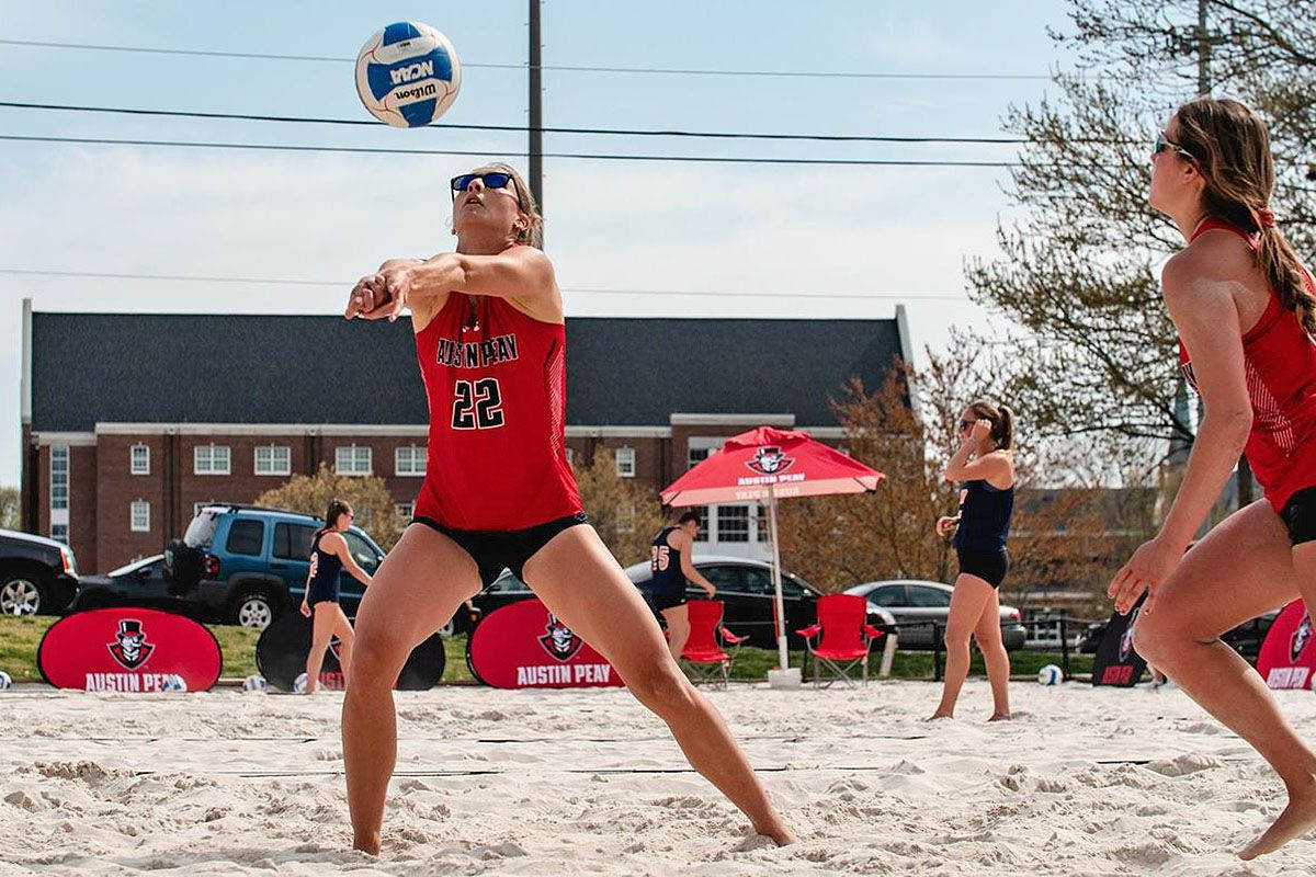 Austin Peay State University Beach Volleyball To Join Ovc Clarksville Tn Online Austin Peay State University Beach Volleyball Volleyball Outfits