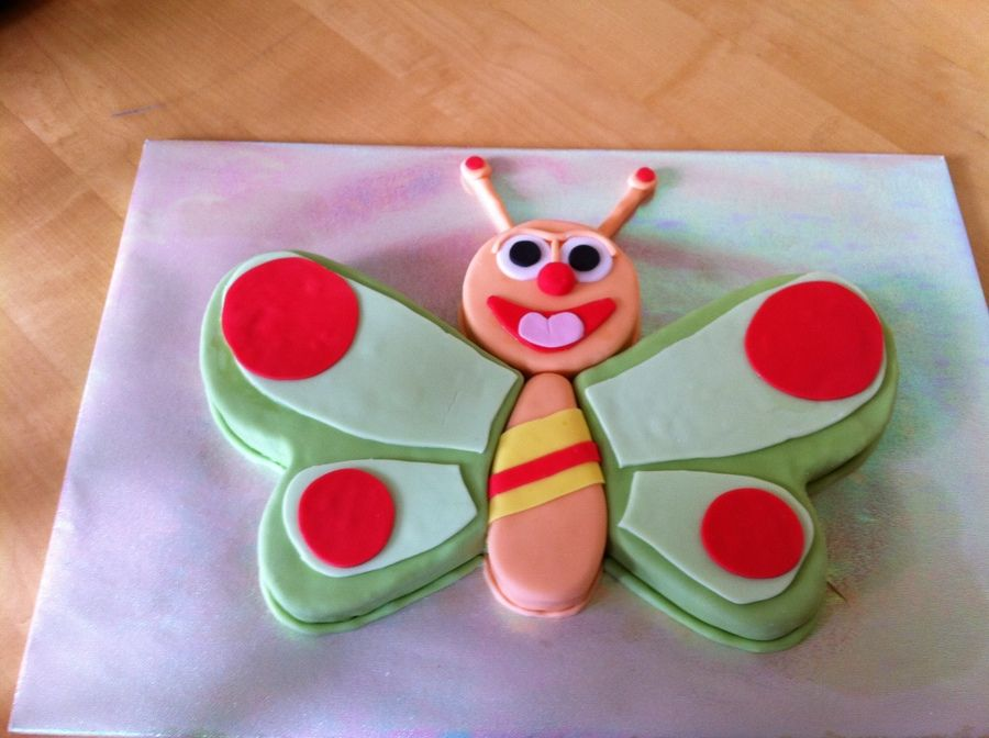 Butterfly cake made for a friends daughter who was 1 year old
