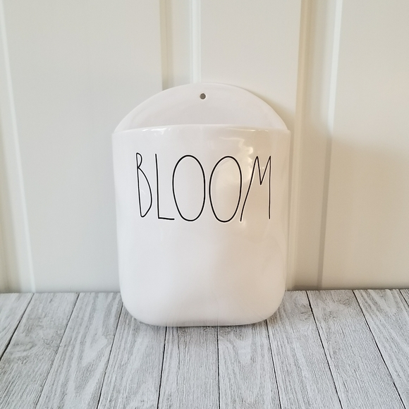 Rae Dunn BLOOM Hanging Wall Planter NWT in 2020 Hanging