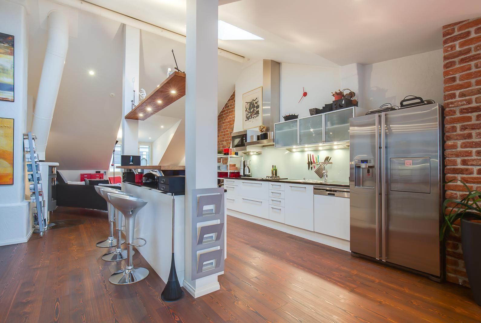 Modern finnish kitchen  Sisustus - Keittiö - Moderni - 5471a5cb498ef46ec062d6a5 - sisustus.etuovi.com