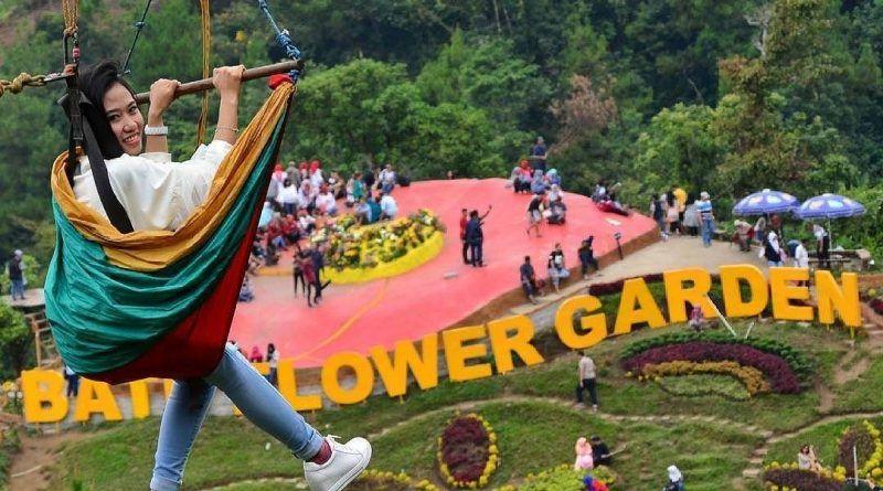 Lokasi Dan Harga Tiket Batu Flower Garden Coban Rais Tempat Sempurna Buat Nembak Si Doi Coban Malang