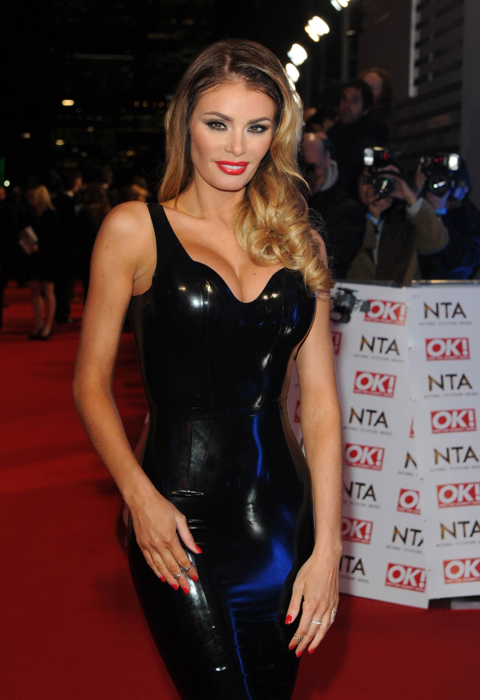 Chloe Sims Nude Photos 22
