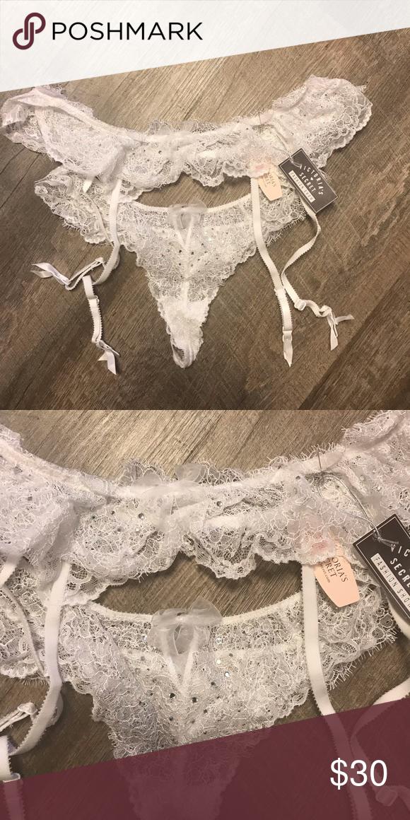 8398cc908 Victoria s Secret lace and bling garter set Victoria s Secret Fashion Show  lace and bling bridal garter set. Size M