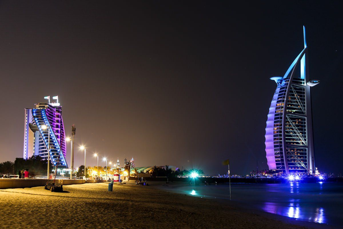 One of the top romantic and classy beaches jumeirah for Best romantic hotels in dubai