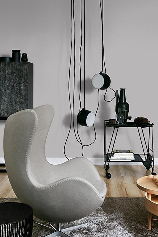 Hellgrau Wirkt Modern Und Offen Und Lasst Sich Vielseitig Kombinieren Farbe Wohnenmitfarbe Wohnzimmer Hellgrau Interiordesig Wandfarbe Farben Wohnzimmer