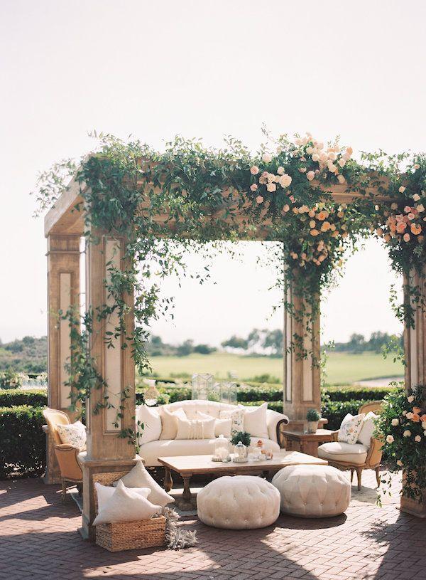 Lounge Vignette Found Vintage Rentals Cream Lounge Wedding Reception Vintage Fur Wedding Lounge Area Wedding Lounge Furniture Vintage Wedding Reception