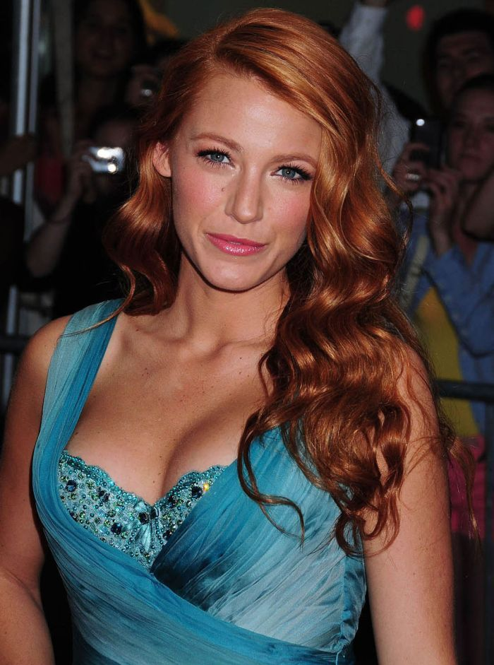Blake Lively With Red Hair I Absolutely Love This Color Strawberry Blonde Hair Blake Lively Red Hair Hair