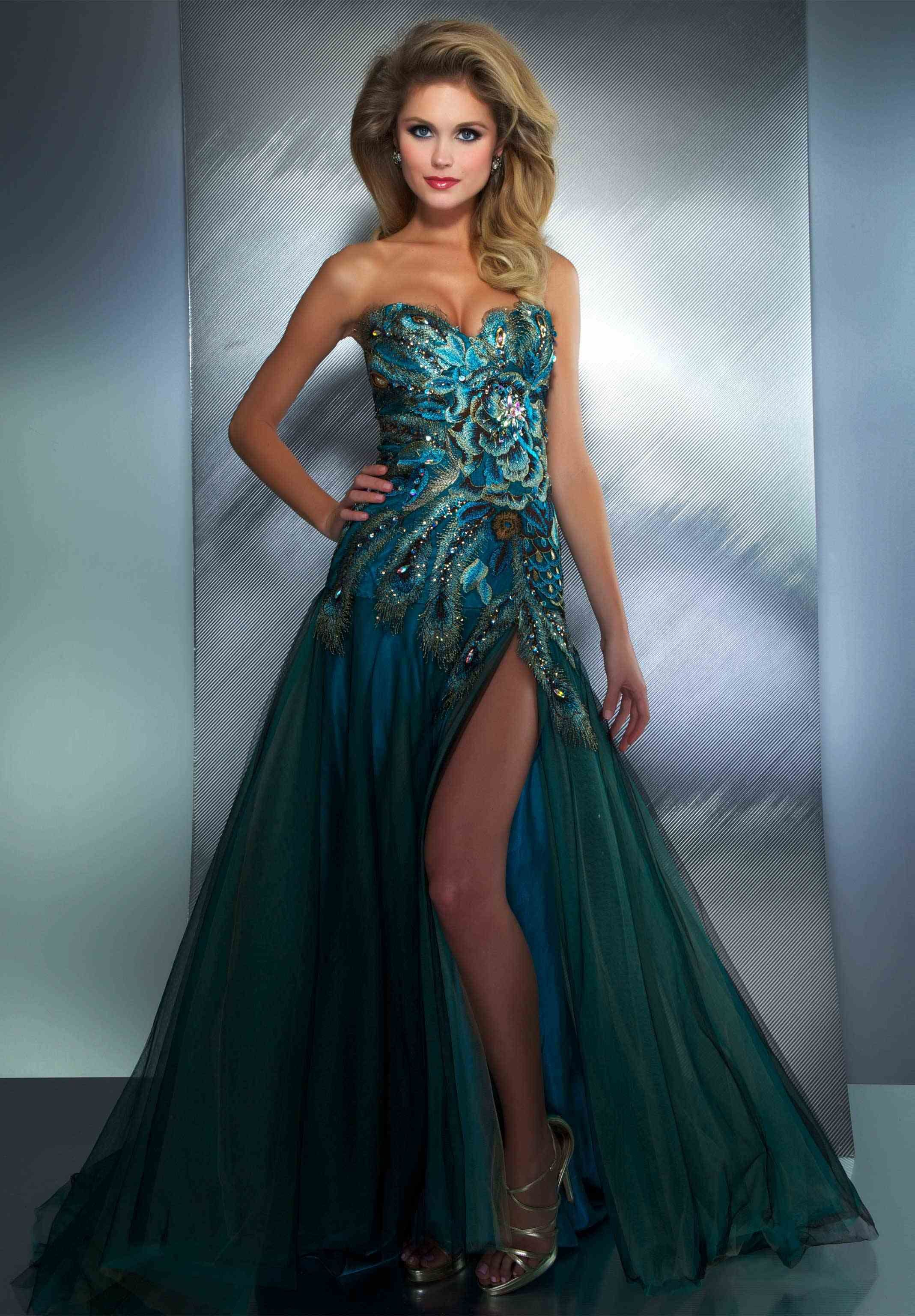 Green peacock prom dress | Best dress ideas | Pinterest | Green ...