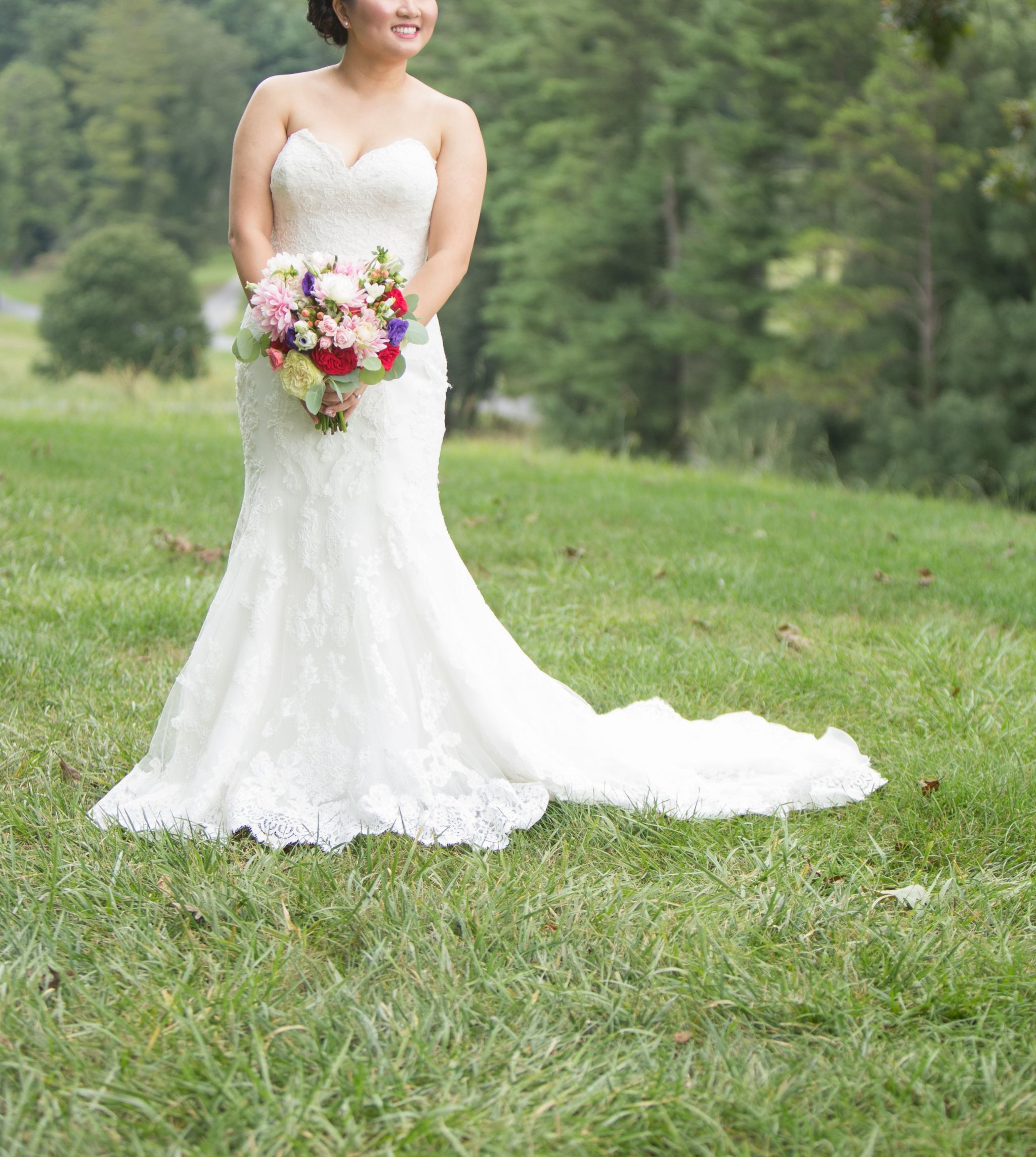 Used wedding dresses near me  Maggie Sottero CADENCE  Size   Used Wedding Dresses